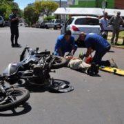 Tres hombres resultan heridos al colisionar motocicletas en las Matas de Farfán