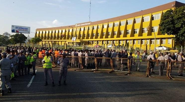 Photo of JCE militarizada ante llamado a protesta por leonelístas