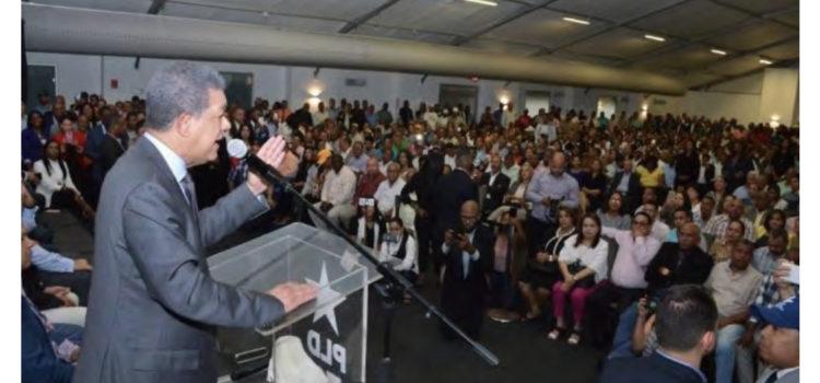 Leonel instruye a sus delegados a no asistir a JCE y convoca a protesta el lunes