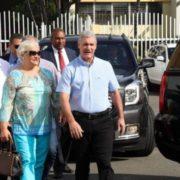 """Madre de Gonzalo Castillo votó por """"ninguno"""" al frente de su hijo"""