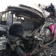 Accidente entre autobús y una patana deja tres muertos y varios heridos en carretera de Montecristi