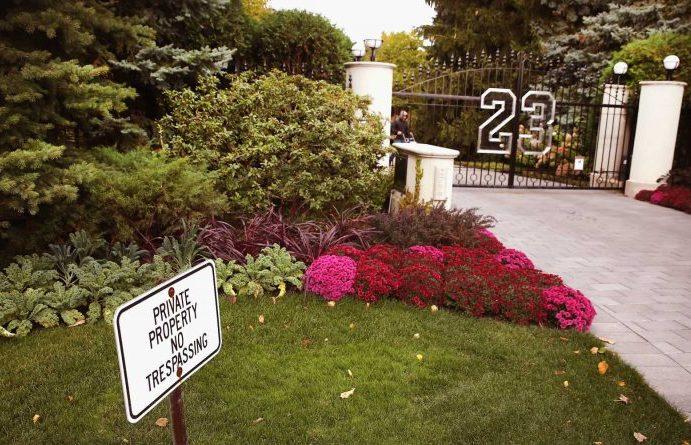 Michael Jordan aun no logra vender su lujosa mansión de Chicago