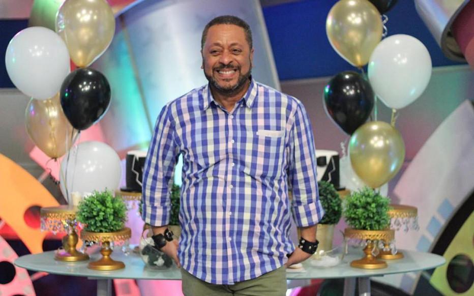 Photo of Comunicador Michael Miguel Holguín anuncia aspiraciones a la alcaldía del Distrito