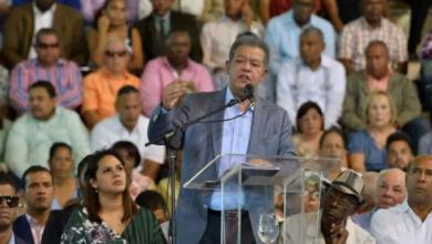 Photo of Leonel Fernández recibe apoyo masivo y reitera fraude electoral en su contra