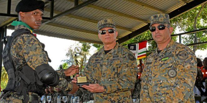 EjercitoRD realiza graduación de los Curos de Operaciones Tacticas Especiales
