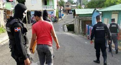 Photo of Joven de 19 años es arrestado por amenazar de muerte a una mujer en SFM