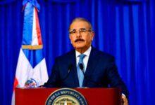 Photo of El Danilo Medina extiende horario de toque de queda