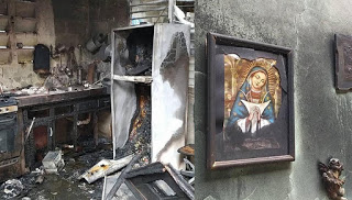 Photo of Se quema casa en Licey al medio y el cuadro de la Virgen queso así