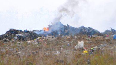 Photo of Llamas siguen sobre Duquesa; bomberos trabajan sin cesar