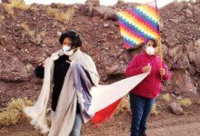 Photo of Indígenas chilenos combaten el COVID-19 a caballo y con prácticas ancestrales