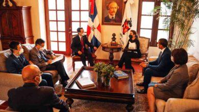 Photo of La embajada China coopera con Alcaldía del Distrito para combatir COVID-19