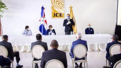 Photo of JCE reunirá a los partidos el lunes para tratar sobre el voto en el exterior