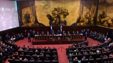 Photo of Senadores piden cambiar toque de queda de 7:00 P.M. a 6:00 A.M.