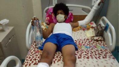 Photo of Niño que volaba chichigua cae de un tercer piso en Santo Domingo