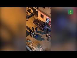 Photo of Policía se quilla, sube a azotea y rompe un lote de sillas